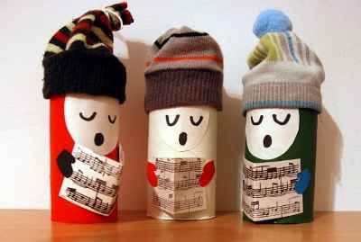 Adornos navideños con rollos de papel3