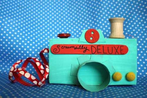 Estupendos juegos educativos para los peques realizados con cartón reciclado