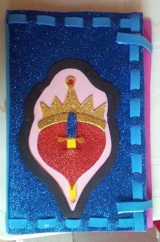 Libretas decoradas con goma eva